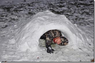 Snow hut 025